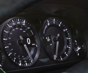 v8-vantage-n430_speedo